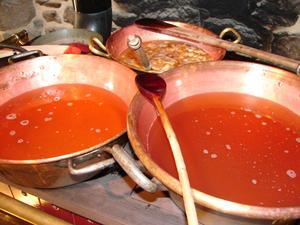 Gelée de pommes en cours de cuisson