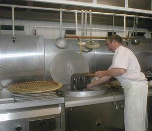 Xavier Defrocourt fabrique le Boudin noir de Mortagne